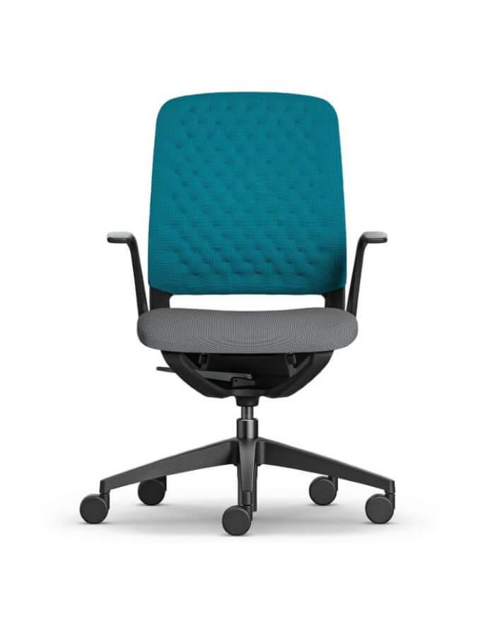 ergonomska uredska stolica se_motion sedus s plavim naslonom